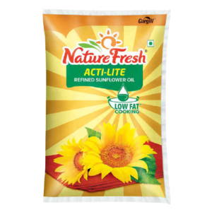 Nature Fresh Refined Sunflower Oil Pouch: 1 L